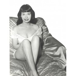 Bettie Page Photo 22